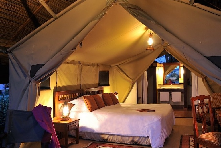 Sweetwaters Serena Camp 10*