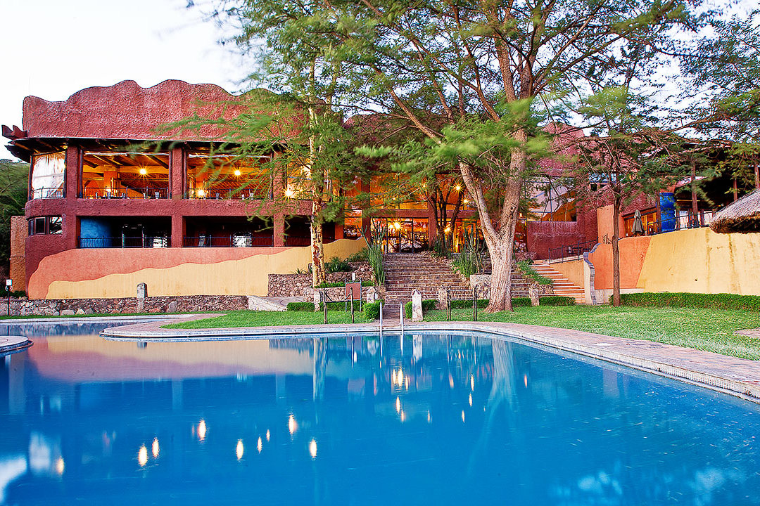 Serengeti Sopa Lodge 4*