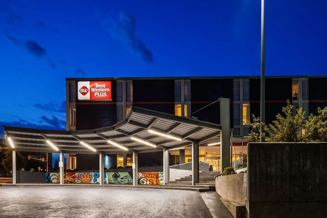 Best Western Plus Downtown Tulsa/Route 66 Hotel 4*
