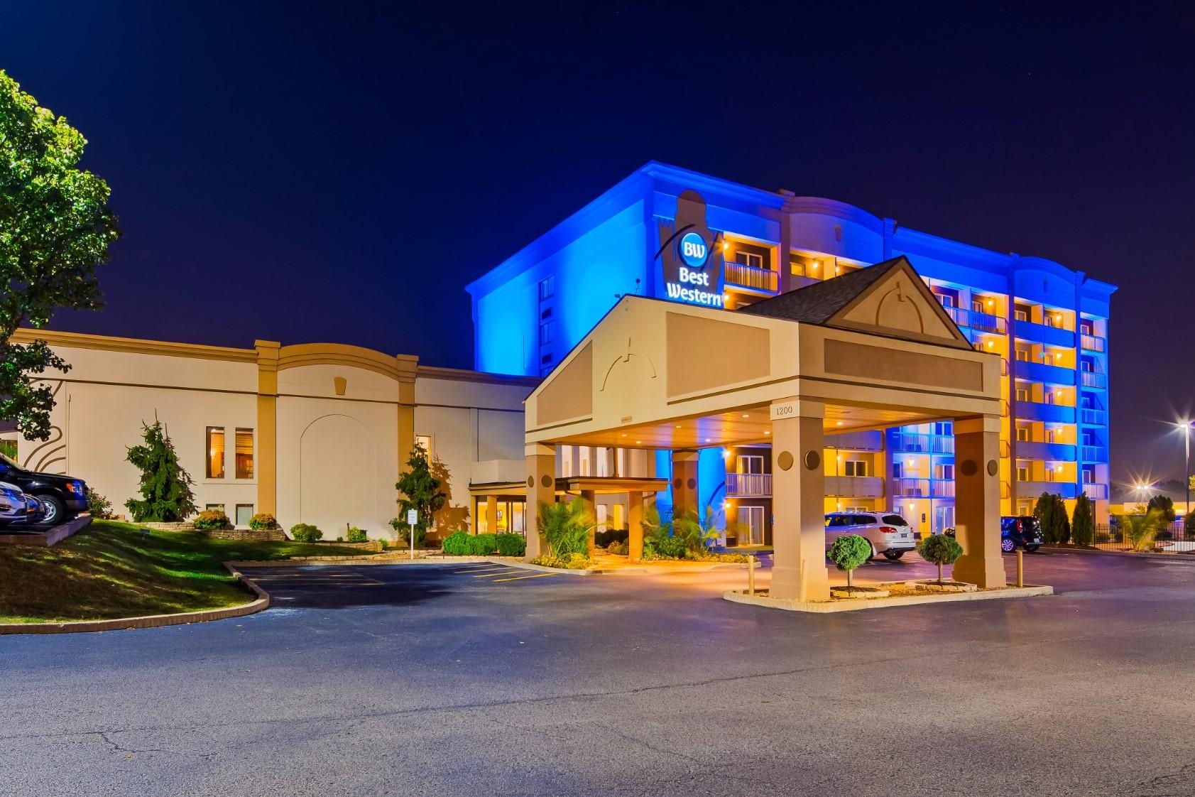 Best Western Kirkwood Inn 4*