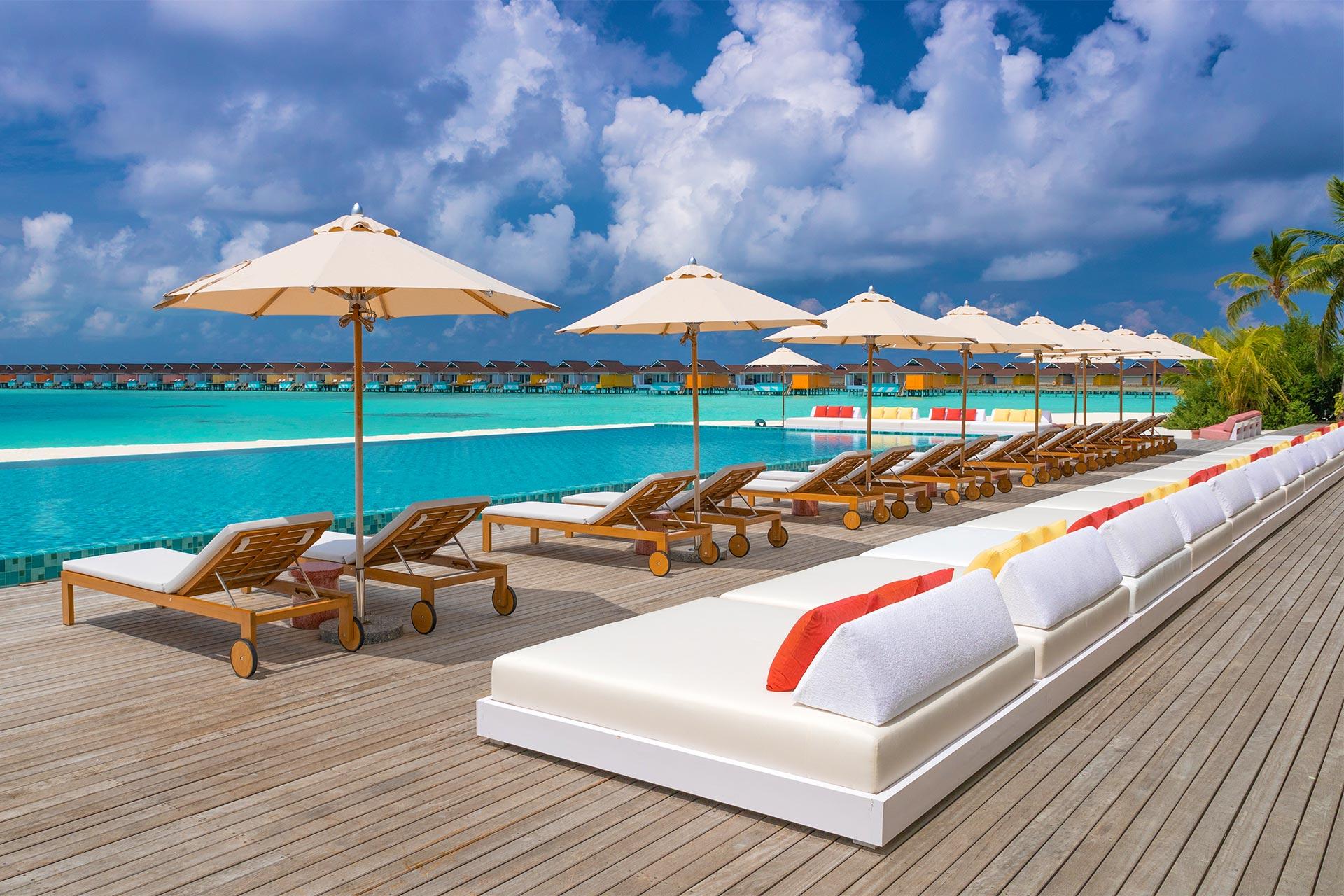 Luna de miere - Sejur plaja The Standard Huruvalhi Maldives, 8 zile